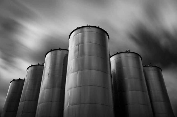 Organizational silos - Organizational change require breaking down silos